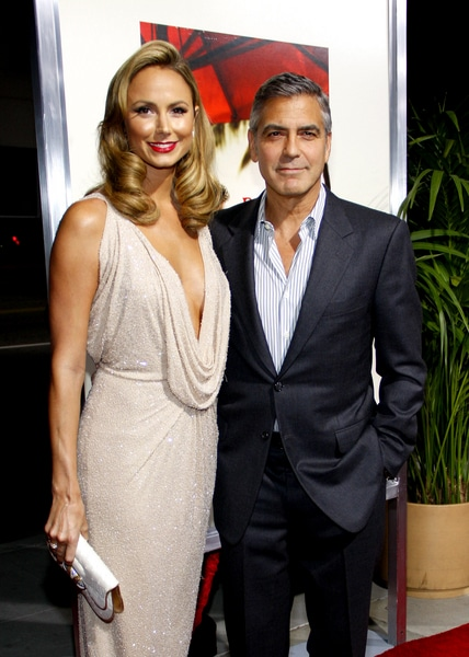 """George Clooney and Stacy Keibler - """"The Descendants"""" Los Angeles Premiere - Arrivals"""