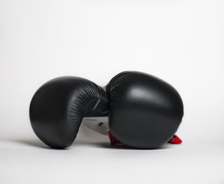 Boxhandschuhe übereinander