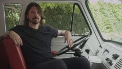 Dave Grohl 30347477-1 big