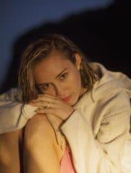 Miley Cyrus 1044480-53148I45729 big