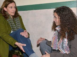 Katrin (Ulrike Frank , l.) und Ayla (Nadine Menz)