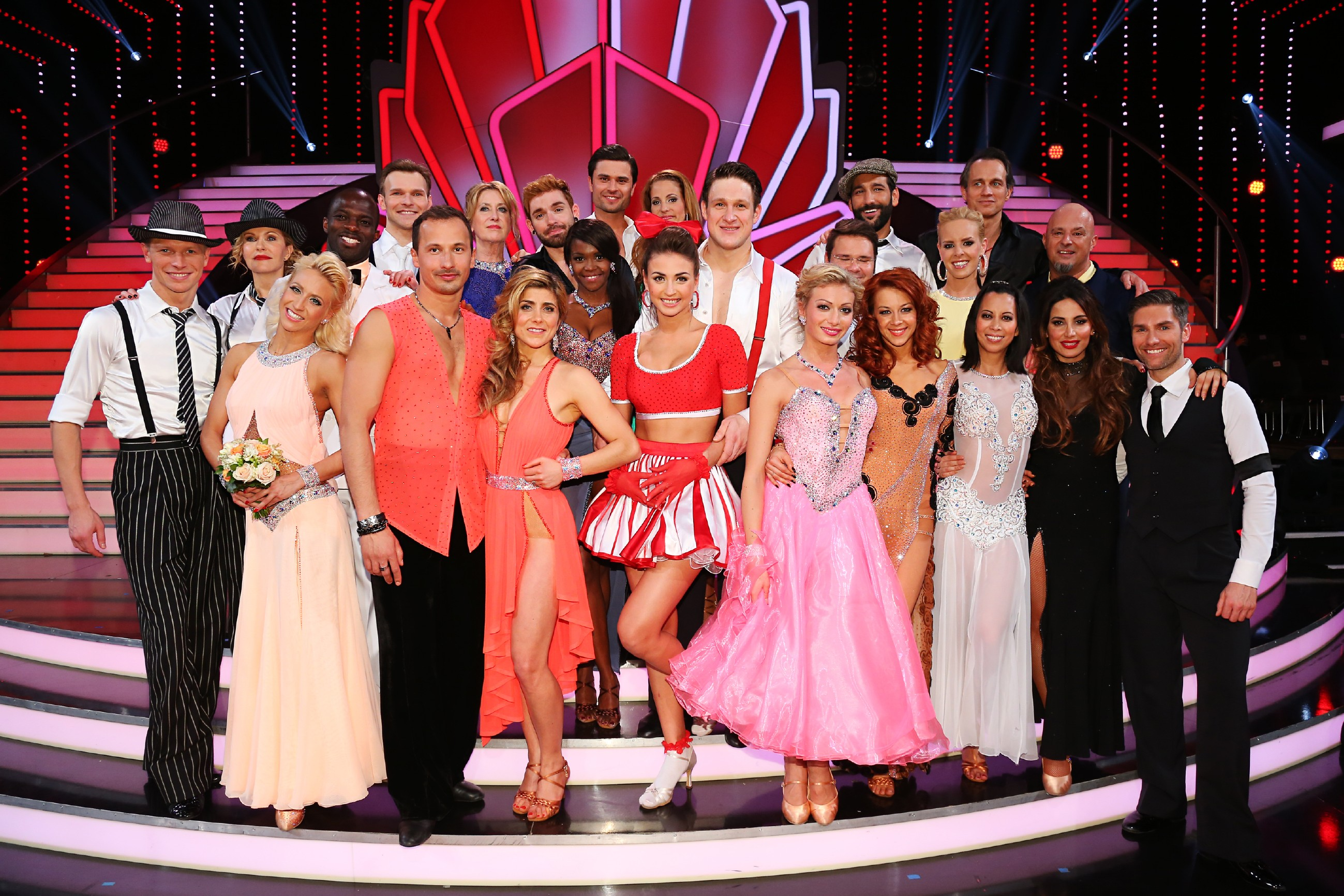 Let' s Dance Diese zwölf Paare sind in der nächsten Sendung am 27. März 2015 wieder dabei