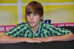 justin-bieber-aeg-live-106-wnfn-present-check-for-flood-relief