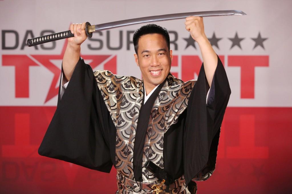 Ryan Lam - Schwertkünstler
