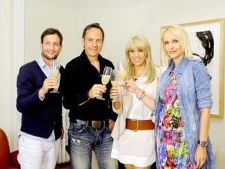 Sebastian Rohrbach, Gastgeber Moritz Lindbergh, Annemarie Eilfeld und Kristina Bach