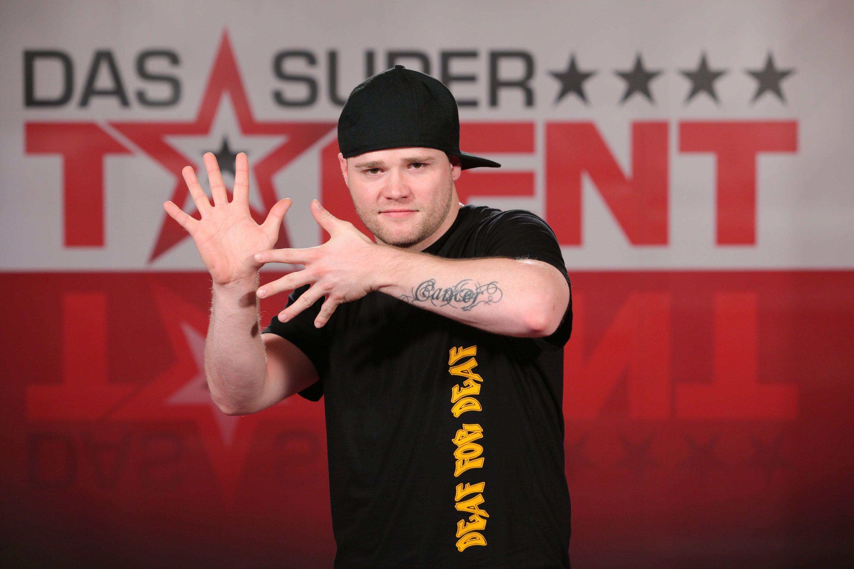 Das Supertalent 2010: Tobias Kramer tanzt gehörlos - TV News