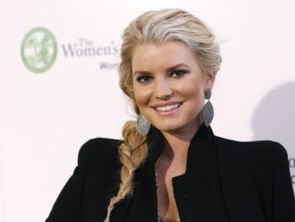 actress-jessica-simpson-poses-the-women-conference-long-beach