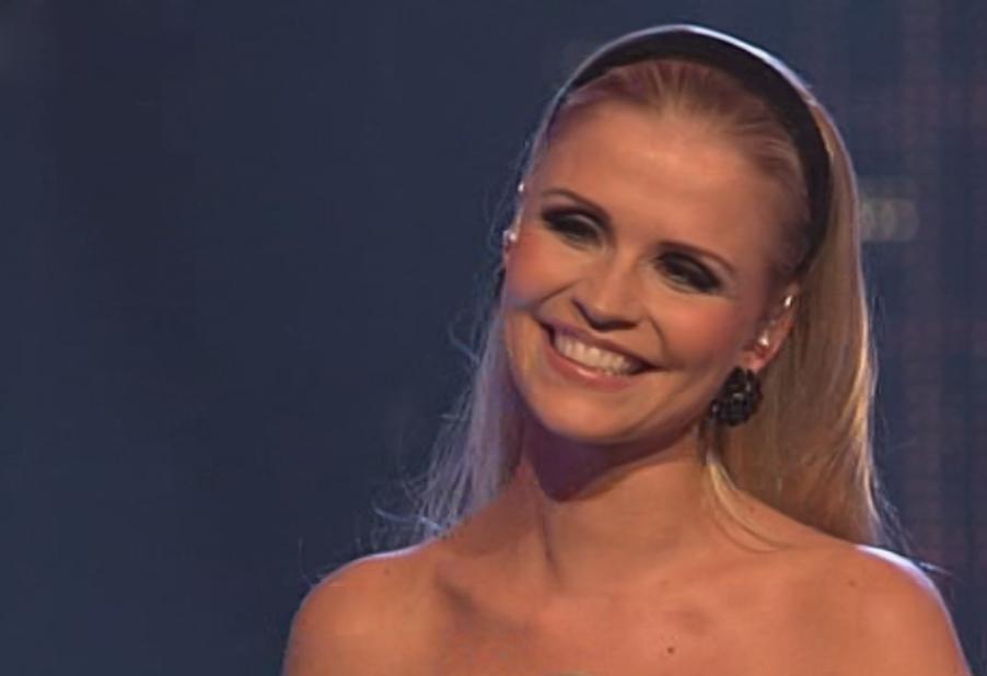Jenny beim Popstars 2010 Finale