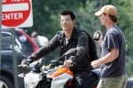 taylor-lautner-doing-his-own-stunts-rides-aprilia-motorcycle-the-set-his-latest-film-abduction-pittsburgh-pennsylvania