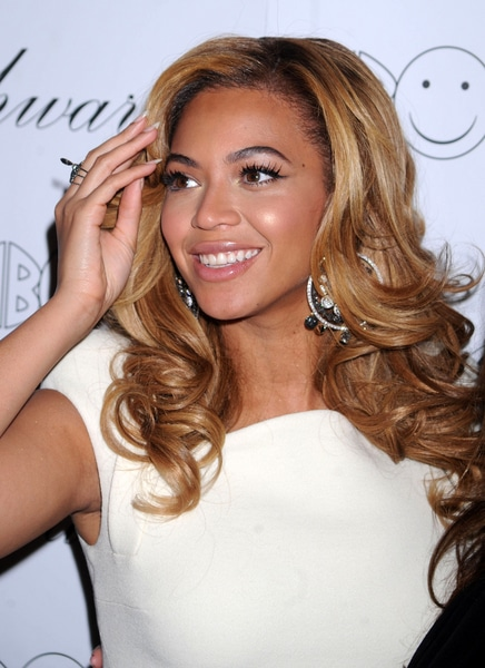 "Beyonce Knowles - Lorraine Schwartz's ""2BHAPPY"" Jewelry Collection Launch Hosted by Beyonce Knowles"