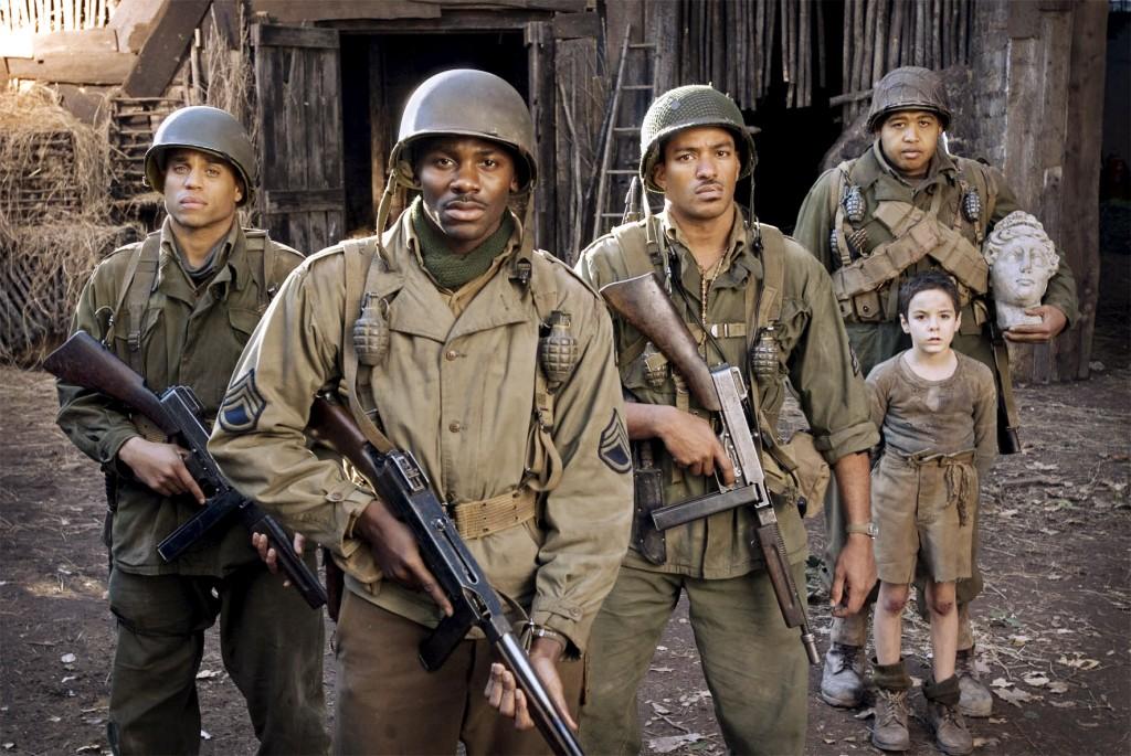 """Filmkritik: """"Buffalo Soldiers"""" nicht unbedingt ein Geheimtip! - Kino News"""