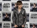 justin-bieber-attends-worlds-the-collection-photocall-madrid
