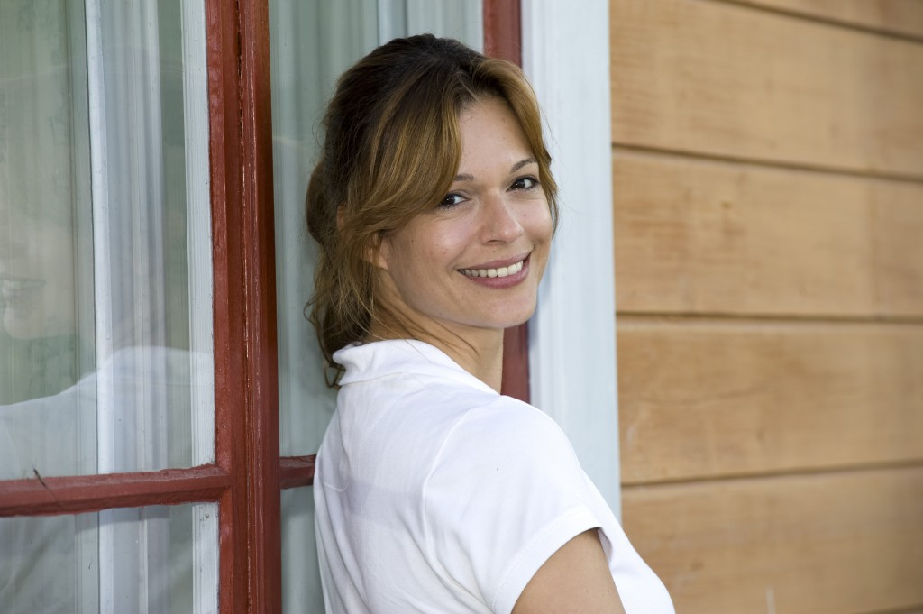 """Suzan Anbeh als Tierärztin """"Marita Engström"""""""