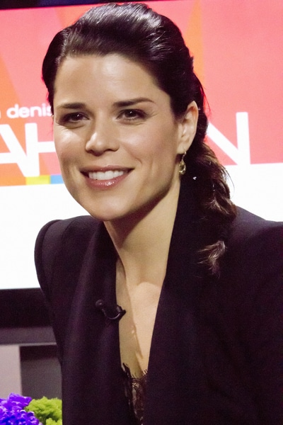 Neve Campbell - Neve Campbell Visits The Marilyn Denis Show in Toronto on March 31, 2011