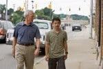 Zwischen Walt (Clint Eastwood) und Thao (Bee Vang) entsteht eine Freundschaft, die das Leben beider verändert.