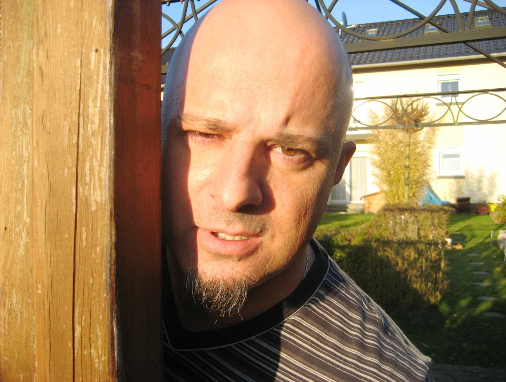 Ab Ins Beet Claus Und Ralle Verzweifeln An Den Fenstern