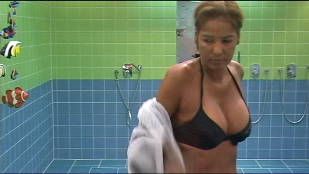 Nadja Abdel Farrag zu Besuch bei Big Brother 2011
