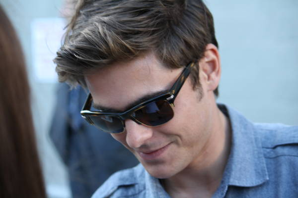 "Zac Efron - ""Jimmy Kimmel Live!"" July 28, 2010 -Arrival/Departure"