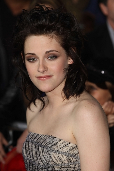 "Kristen Stewart - ""The Twilight Saga: New Moon"" Los Angeles Premiere"