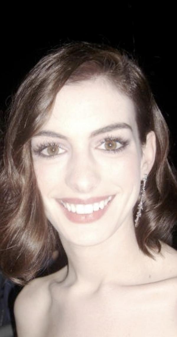 Anne Hathaway, dts Nachrichtenagentur