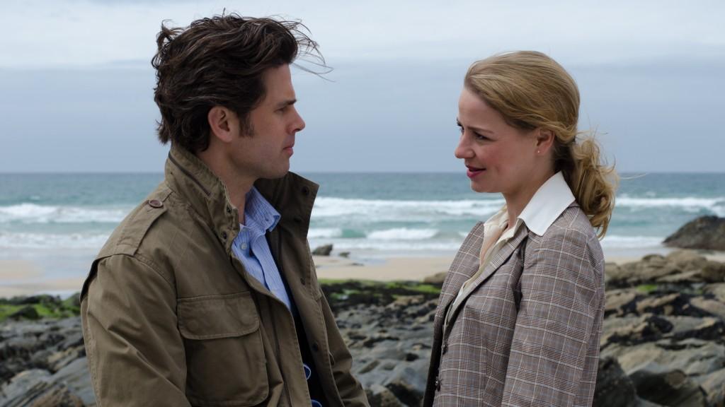 """Theresa Scholze und Steffen Groth in """"Verliebt, verlobt, verwirrt"""""""