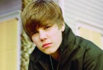 Justin Bieber My Worlds Pressebild - CMS Source thumb