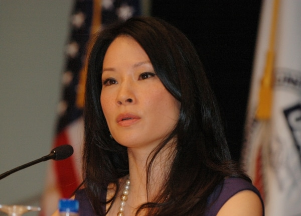 Lucy Liu macht Spritztour mit der Polizei - Promi Klatsch und Tratsch