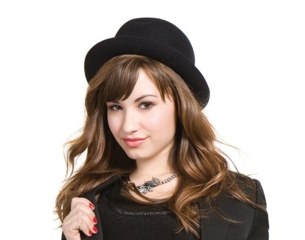 Demi Lovato ist äußerst zungenfertig - Promi Klatsch und Tratsch