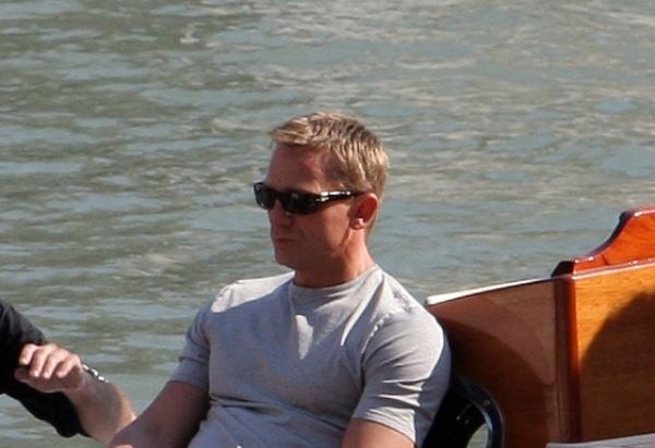 Daniel Craig lässt sich für neuen Bond-Film Bart wachsen - Promi Klatsch und Tratsch