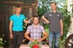 Philipp (Mi.), der fleissige Pferdewirt, Steffen (li.) und Veith