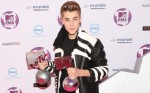 2011 MTV Europe Music Awards - Arrivals