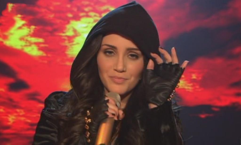 Raffaela Wais in der vierten Live Show von X Factor