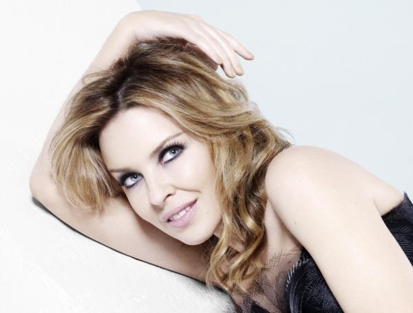 Kylie Minogue liebt Tage ohne Make-up - Promi Klatsch und Tratsch