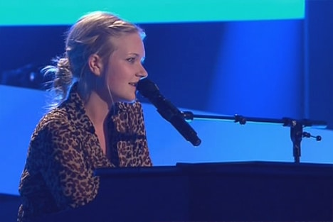 Lisa Martine Weller am Klavier