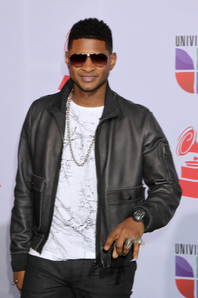 Usher - 12th Annual Latin GRAMMY Awards - Arrivals - Mandalay Bay Hotel and Casino Event Center