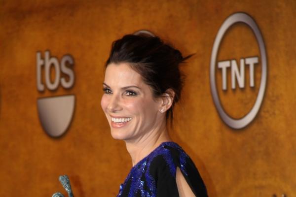 Sandra Bullock ist Fan von Weihnachtsfilmen - Promi Klatsch und Tratsch
