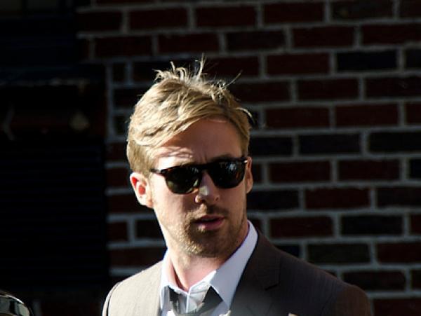 Ryan Gosling stellt Freundin Eva Mendes seiner Mutter vor - Promi Klatsch und Tratsch
