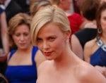 Charlize Theron sieht Schönheit als Segen und Fluch zugleich - Promi Klatsch und Tratsch