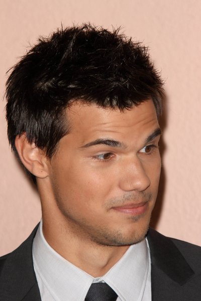 Taylor Lautner - 2011 Hollywood Foreign Press Association Annual Installation Luncheon