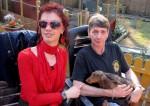 Der transsexuelle 31-jährige Maik (li.) und sein Lebensgefährte Detlef (52) sind echte Hundefreunde. Nun tauscht Maik für 10 Tage sein Leben mit dem von Michaela..