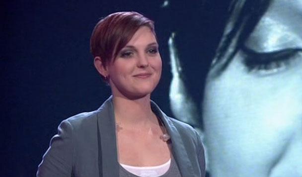 Katja Petri lächelt