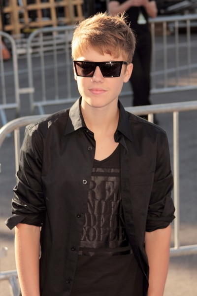 Justin Bieber - 2011 VH1 Do Something Awards - Arrivals - Hollywood Palladium