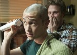 Adam (Joseph Gordon-Levitt) mit seinem besten Freund Kyle (Seth Rogen)