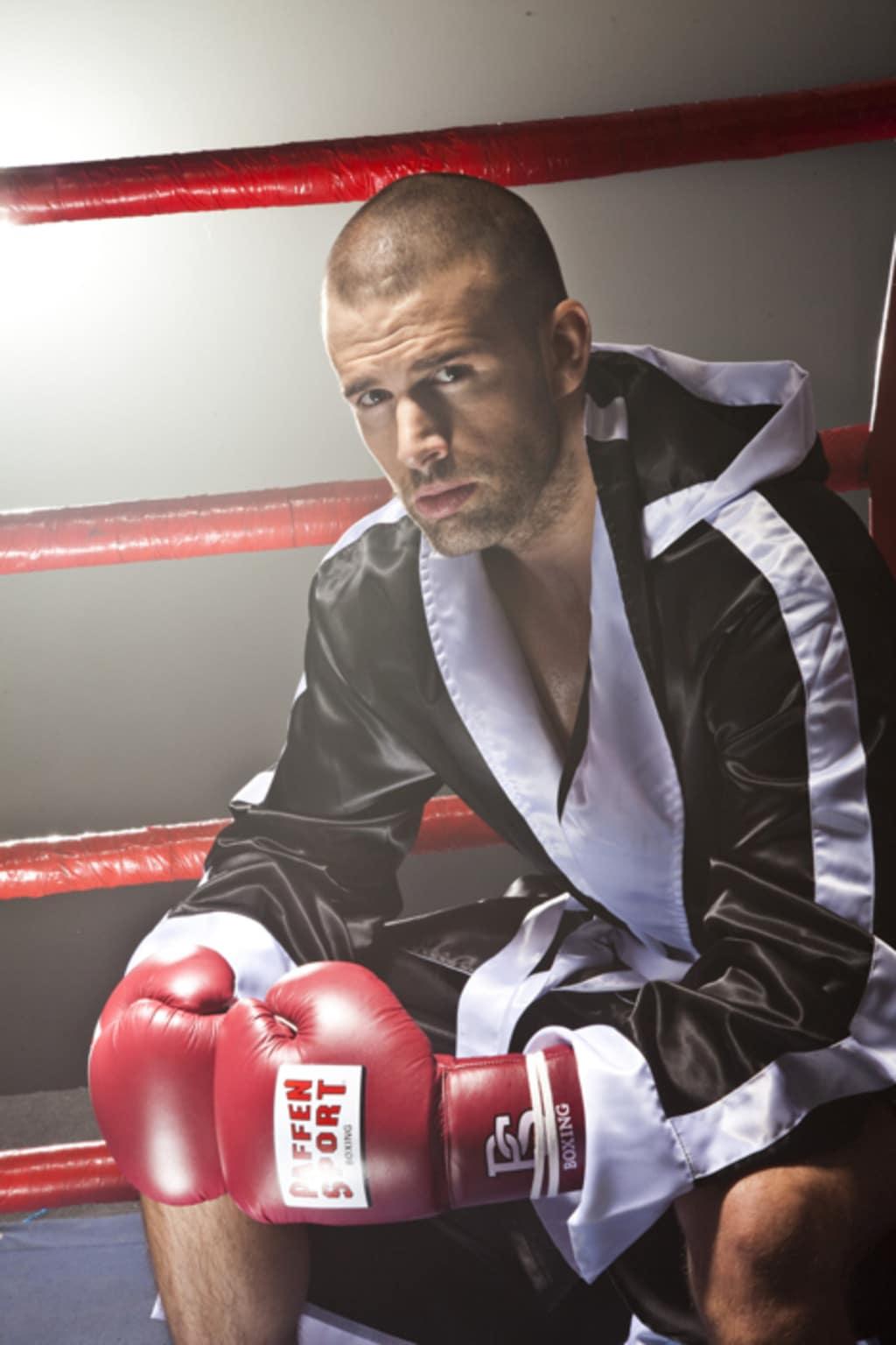 Sänger Jay Khan (Bild) tritt gegen Rockmusiker Martin Kesici in den Ring ...