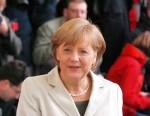 Kanzlerkandidat Peer Steinbrück keine Chance gegen Merkel? - TV News