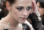 "Kristen Stewart - ""Snow White and the Huntsman"" World Premiere"