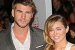 Liam Hemsworth and Miley Cyrus - People's Choice Awards 2012
