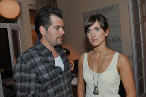 Leon (Daniel Fehlow) und Pia (Isabell Horn)