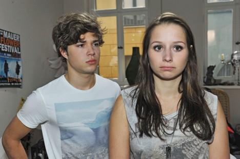 Zac (Jascha Rust) und Tanja (Senta-Sofia Delliponti)