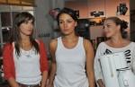 Jasmin (Janina Uhse, Mi.), Pia (Isabell Horn, li.) und Emily (Anne Menden)